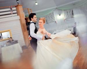 Обучение свадебному вальсу